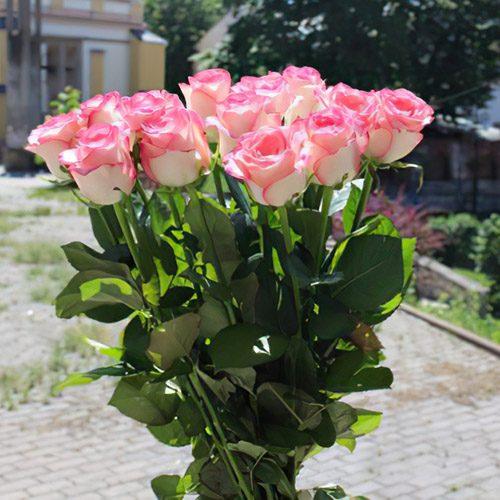"""букет 15 троянд """"Джумілія"""""""