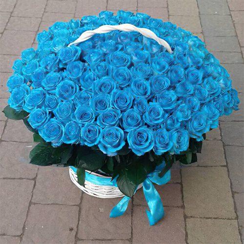 товар 101 синя троянда в кошику