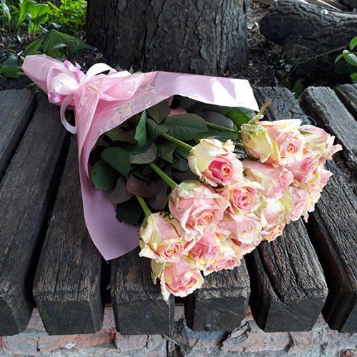 """фото 15 троянд """"Фієста"""""""
