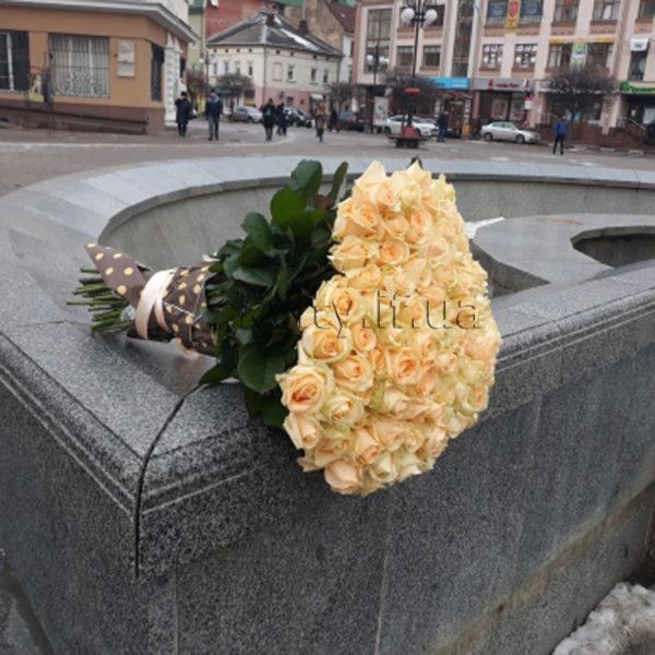 101_кремова троянда