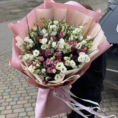 букет квітів 51 еустома фото
