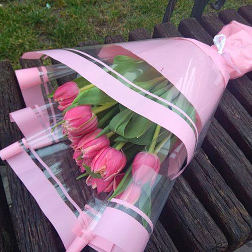 букет 11 рожевих тюльпанів