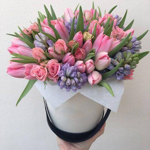 """Коробка """"Рожева мрія"""" тюльпани, гіацинти, троянди"""