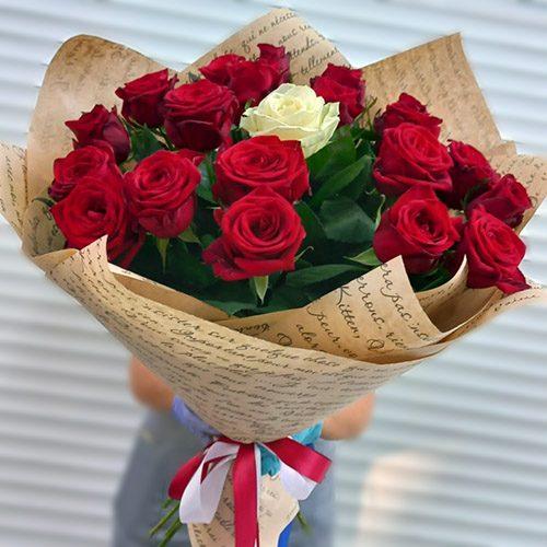 """Букет """"Принцеса"""" 21 троянда фото"""
